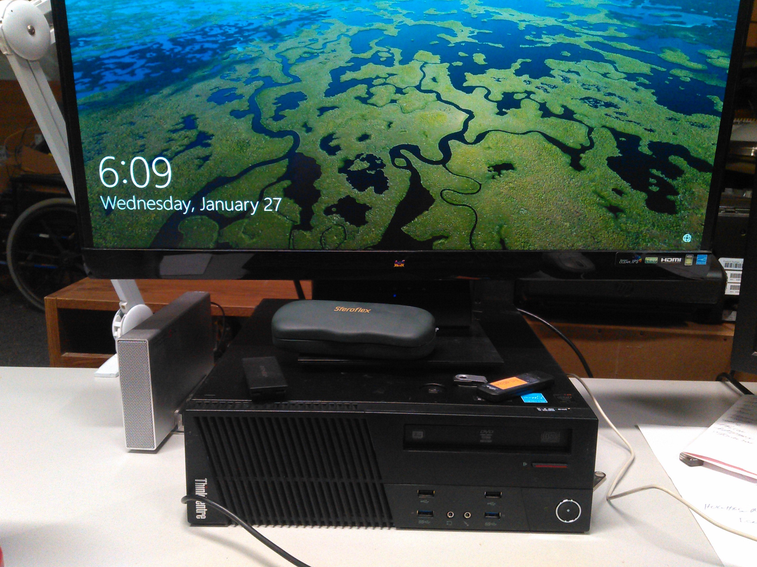 Lenovo M93p ThinkCentre front